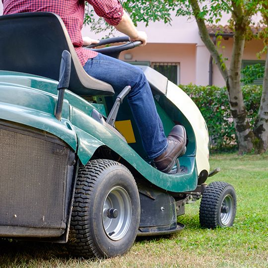 How to Sharpen Mower Blades Safely