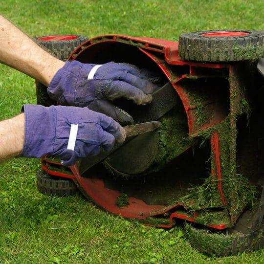 lawnmower-blades